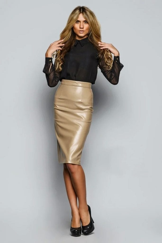 юбка карандаш и черная блузка