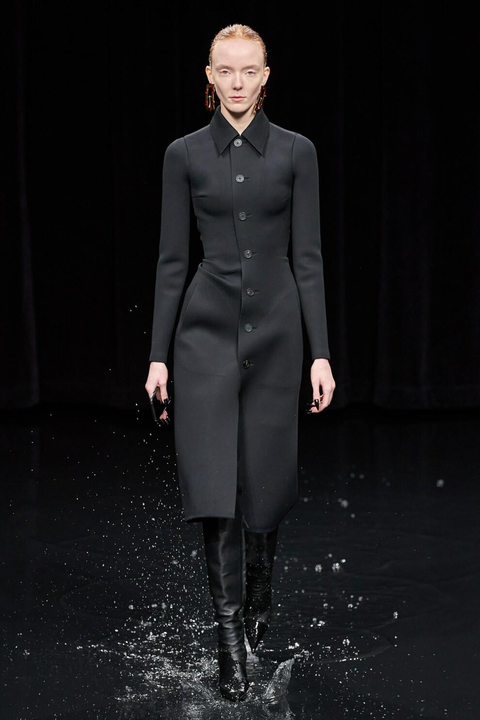 Черный цвет – хит осеннего сезона 2020