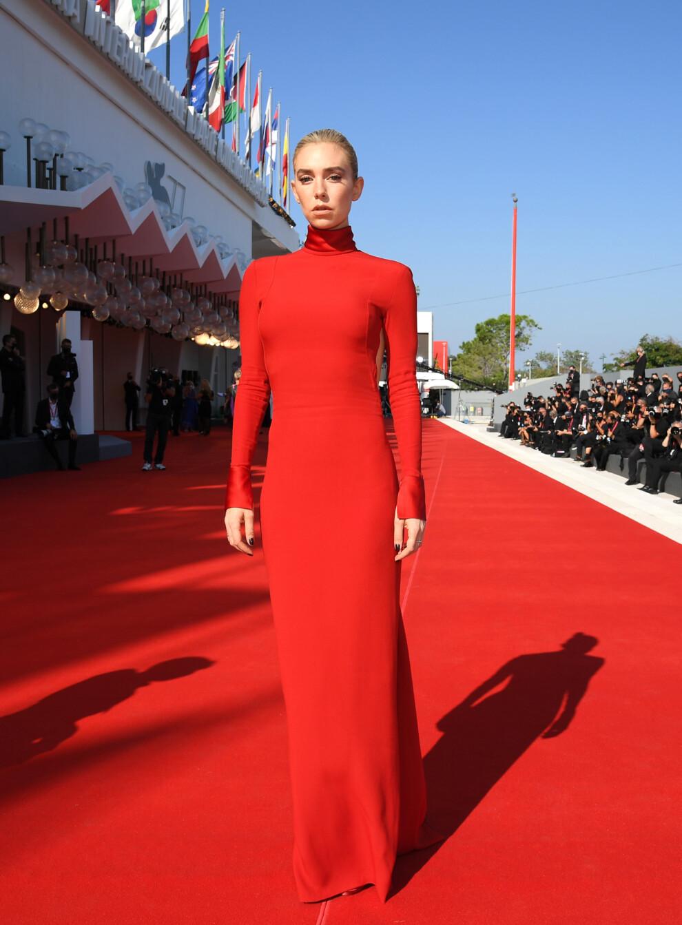 Венецианский кинофестиваль 2020. Ванесса Кирби в Valentino Couture