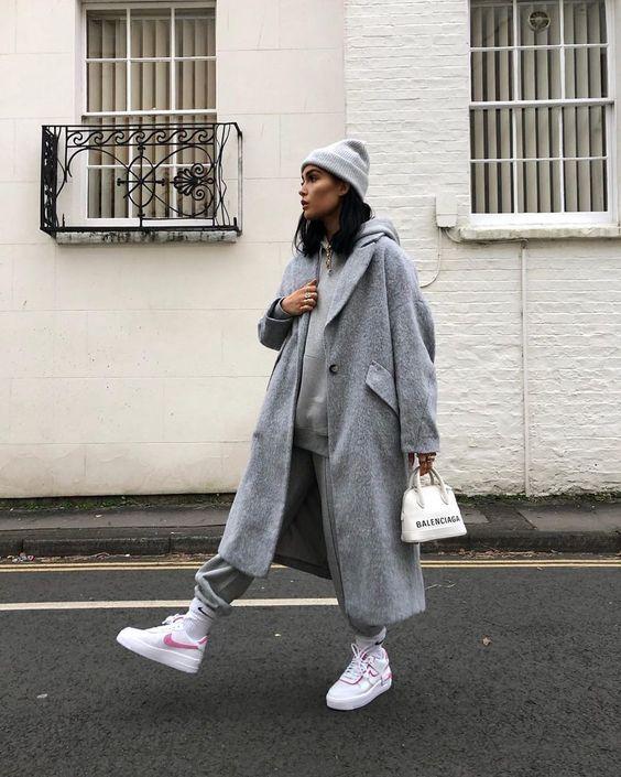 серое пальто луки 2021